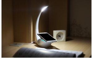 NILLKIN THE PHANTOM LED LAMP WITH WIRELESS CHARGING PAD